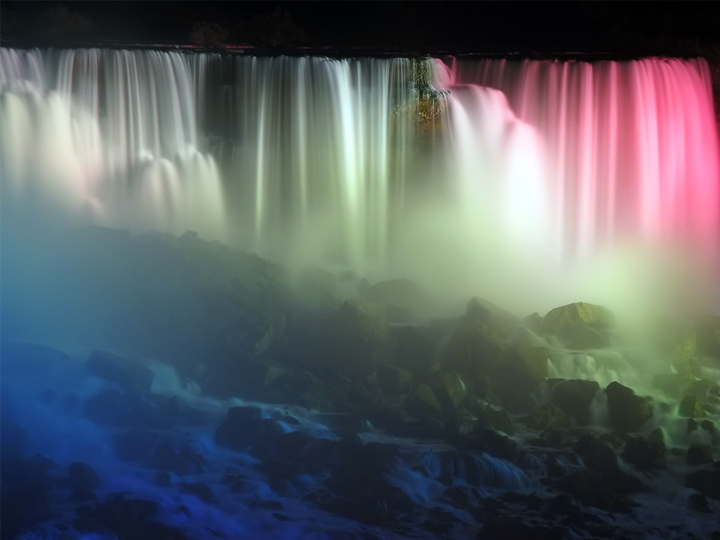 niagara_illumination_720x540_01