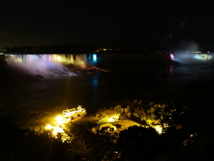 niagara_illumination_720x540_06